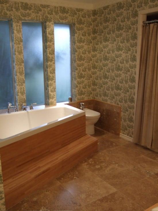 a pronomen bath tub surround - IKEA Hackers
