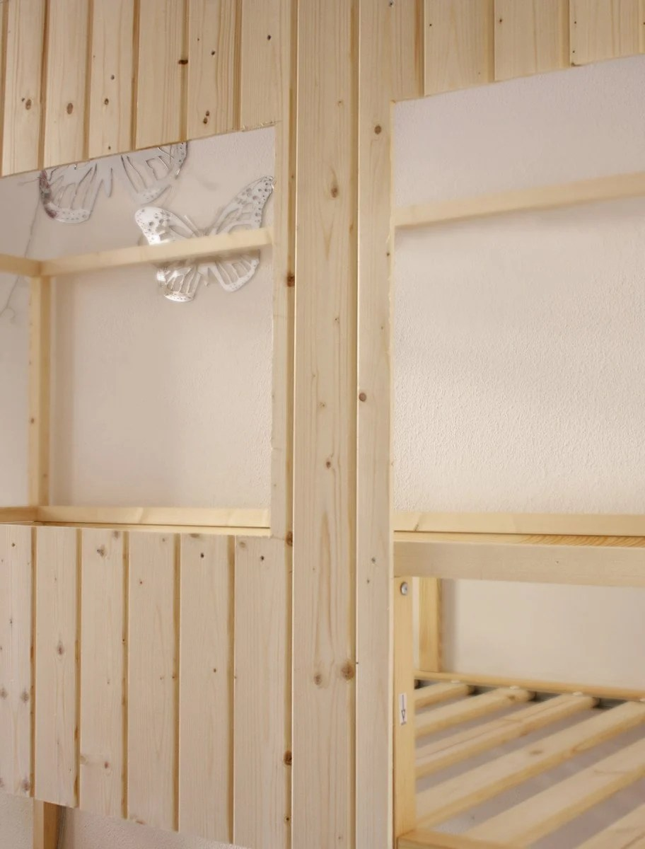 Cool  u Start by creating a rectangular structure with the same shape of the bed with wooden slats