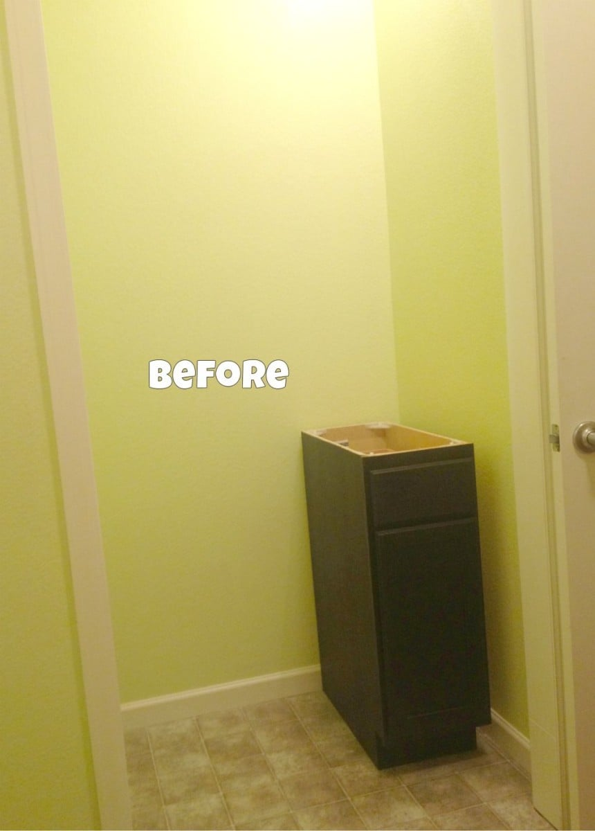 bad closet turns to good craft space in laundry room ikea hackers. Black Bedroom Furniture Sets. Home Design Ideas