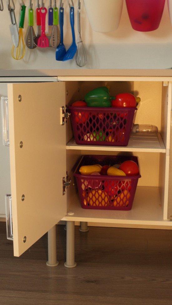 Splashback and cabinet