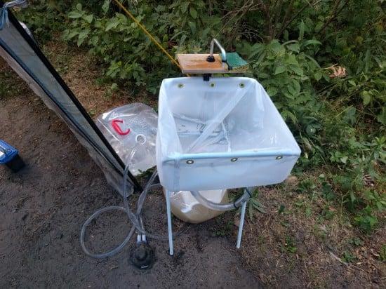 DIY camp sink with IKEA JÄLL laundry bag