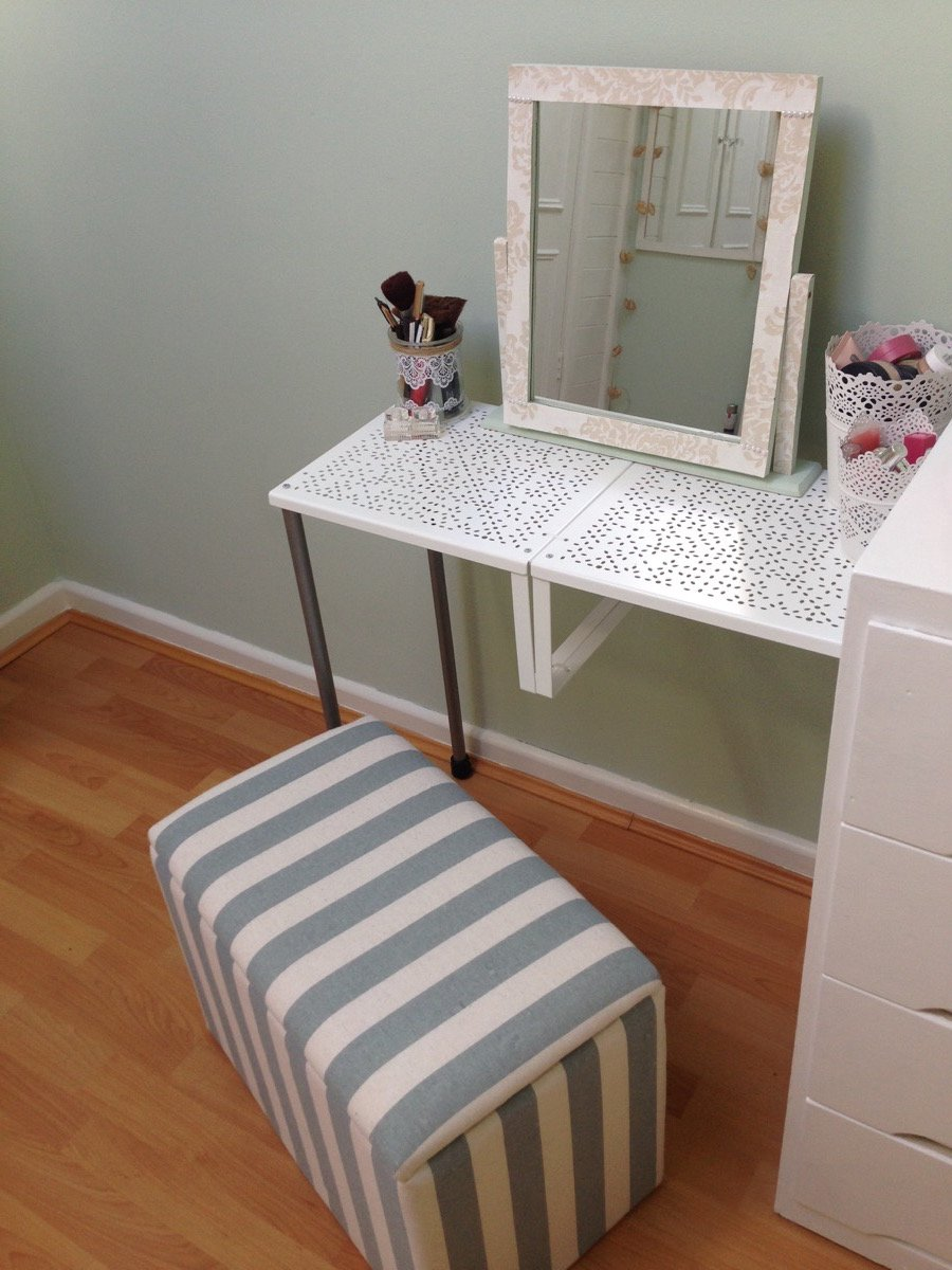 Variera Dressing Table Dining
