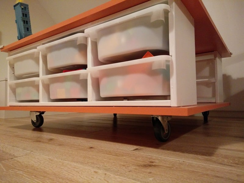 Make a mobile play table ikea hackers - Table a roulettes ikea ...