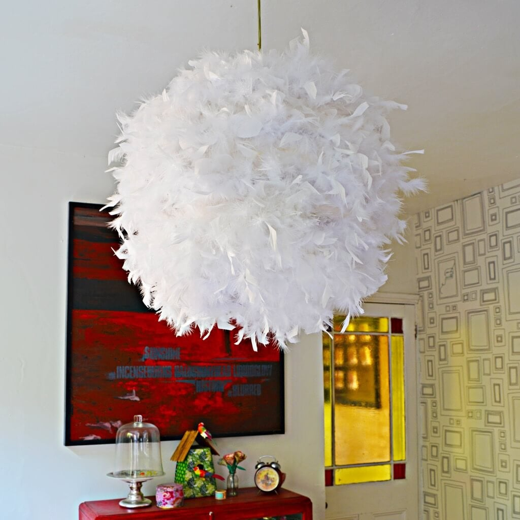 DIY Feather paper lampshade ala Vita Feather