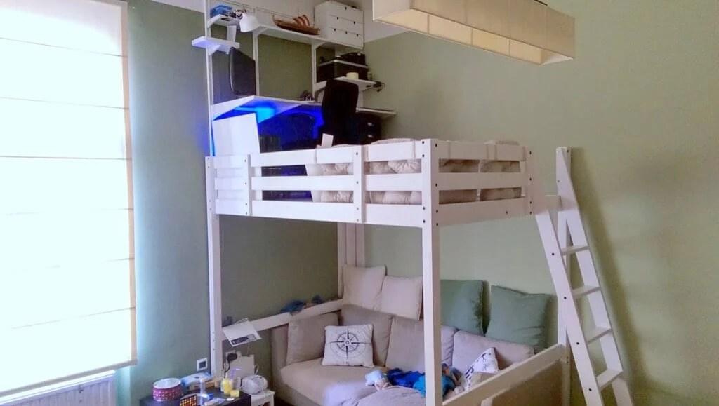 DIY loft office: STORÅ loft bed with desk