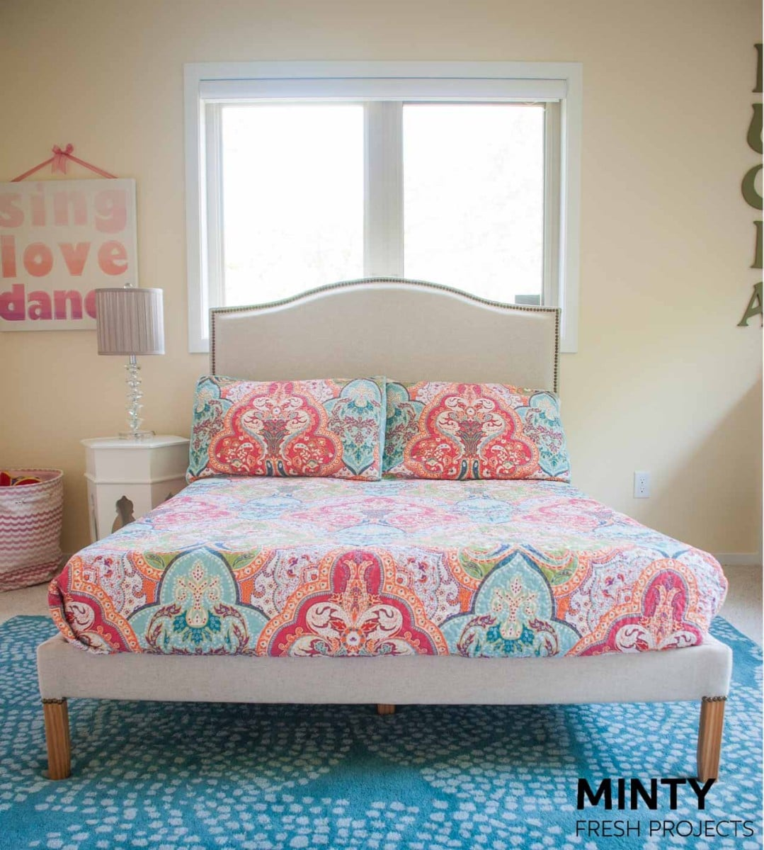 professional upholstered FJELLSE bed