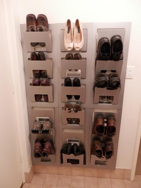 spontan shoe shelf