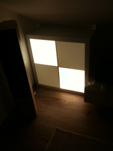 Expedit 4x4 mood light