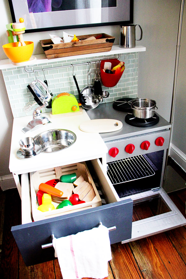 Manly DIY Play Kitchen - IKEA Hackers