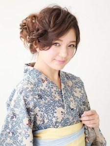 浴衣 女性 ロング 髪型、2