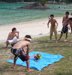ビーチ 遊び