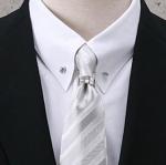 結婚式でのネクタイの色は?結び方やおすすめのネクタイもご紹介!