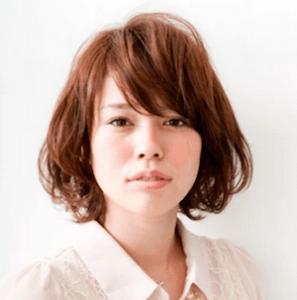 秋 ミディアム 髪型 レディース 人気、4
