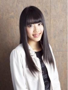 春 ロング 髪型 女性 人気 5