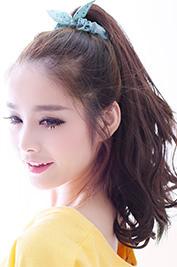 春 ロング 髪型 女性 人気 4