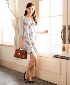 ドレスコード スマートカジュアル 女性 おすすめ 服装  2