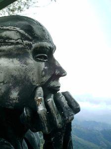 thinking_statue