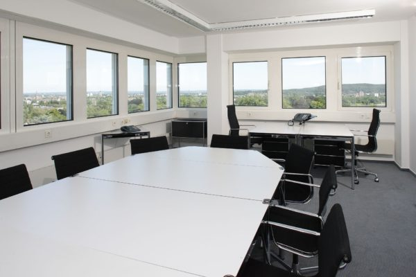 conference-room-170641_1920