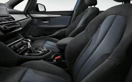 BMW新型グランツアラー内装画像