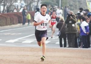 マラソン(5㌔中学生男子・三浦壱太朗さん)