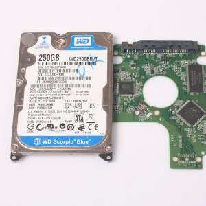 WD 250GB WD2500BEVT-24A23T0 2,5 SATA HARD DRIVE / PCB (CIRCUIT BOARD) ONLY FOR DATA