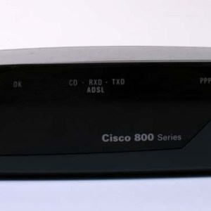 CISCO 857 Wired Router 4 Port Switch