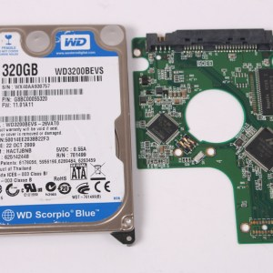 WD WD3200BEVS-26VAT0 320GB SATA 2,5 HARD DRIVE / PCB (CIRCUIT BOARD) ONLY FOR DATA
