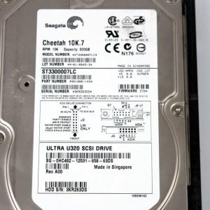 """SEAGATE 300GB 10K SCSI 3.5"""" Harddisk & Kıza ST3300007LW"""