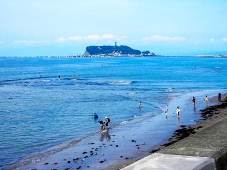鎌倉市の由比ヶ浜海水浴場にバリアフリービーチがオープン