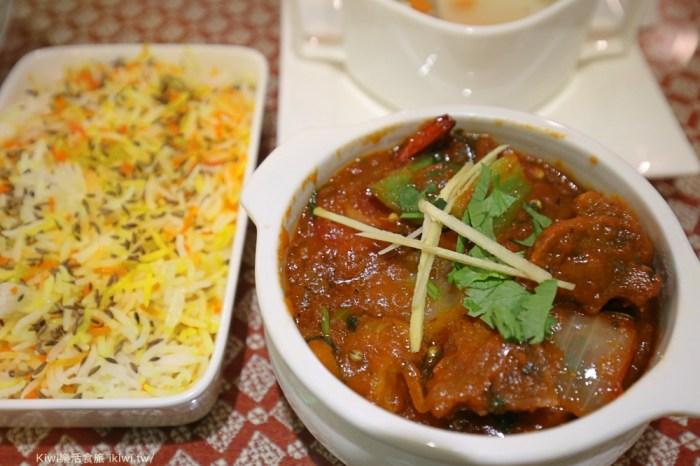 台中餐廳斯里頂級印度餐廳|免出國就能吃到印度料理,印度烤餅、羊肉咖哩都很厲害,公益路週邊美食異國料理