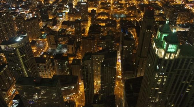 まるでSF映画!シカゴの高層ビル「ジョン・ハンコック・センター」の夜景