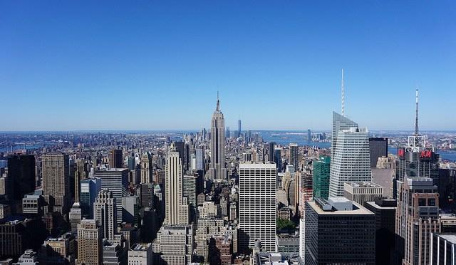 """ニューヨーク・マンハッタンが一望できる眺望スポット!ロックフェラーセンターの展望台""""Top of the Rock""""「トップ・オブ・ザ・ロック」"""