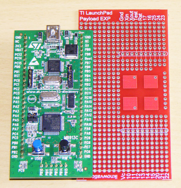 STM32VL Discovery with iknowvations Experiment board-1