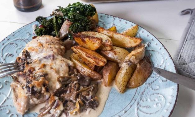 Kycklingfilé i ugn med trattkantarellsås och osttäcke