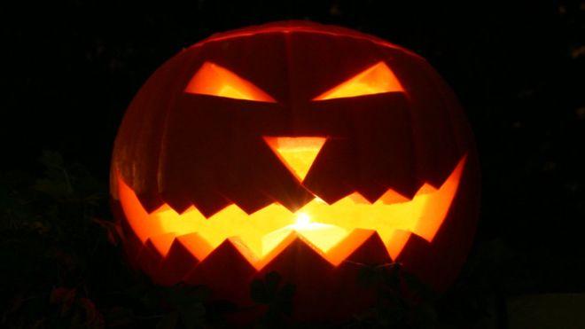 Noche de Halloween y Todos los Santos, fiesta y celebración religiosa que ahora conviven