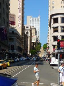 Une rue typique du centre de San Francisco
