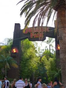 L'entrée de Jurassic Park