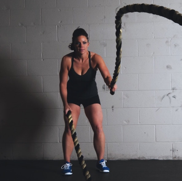 Women strength training ropes mobile version