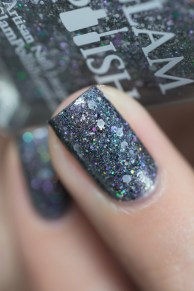 Glam Polish_Totally Clueless_Totally buggin_15
