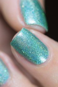 Glam Polish_Love Marilyn_I wanna be loved by you_03