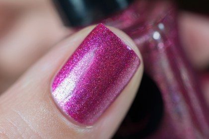 Cirque Colors_Speckled and sparkled_The sparkles_Besos_01