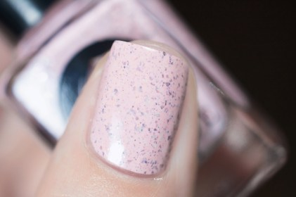 Cirque Colors_Speckled and sparkled_The speckles_Astra_02