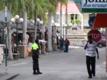 michael-thelma-king-murder-suspects-photos-april-9-2013-by-judith-roumou-st-maarten-news-online-34
