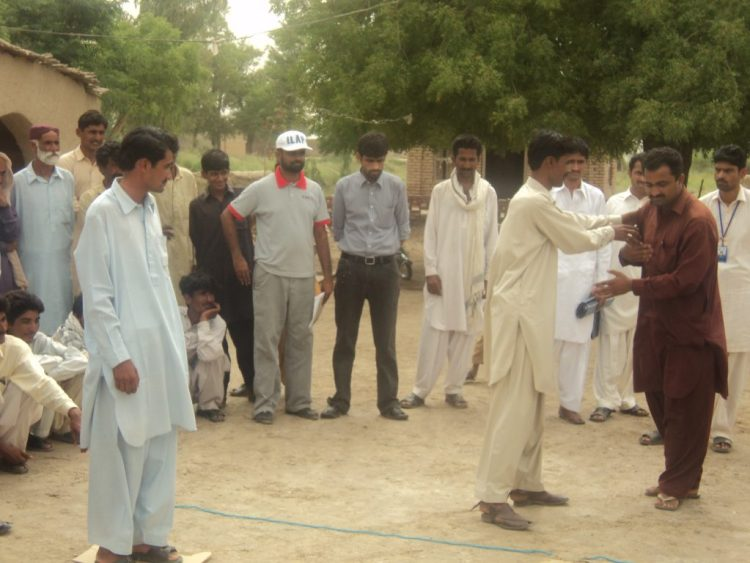 Community Based Groups Trainings in Rahim Yar Khan 2013