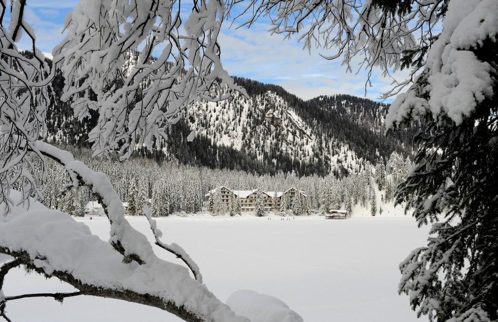 Il lago in versione invernale
