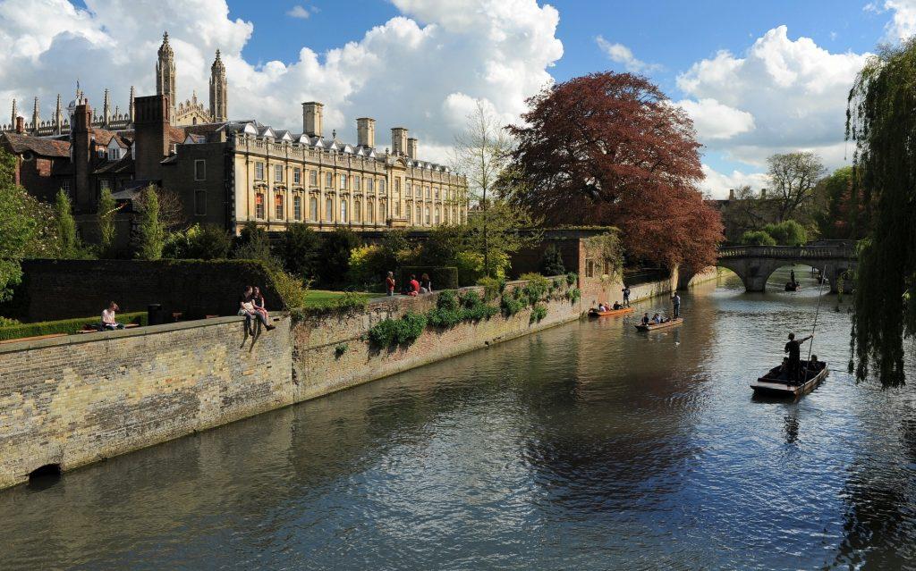 Una classica veduta primaverile della città di CAMBRIDGE