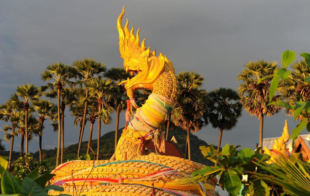 Il drago sulla spiaggia di KARON