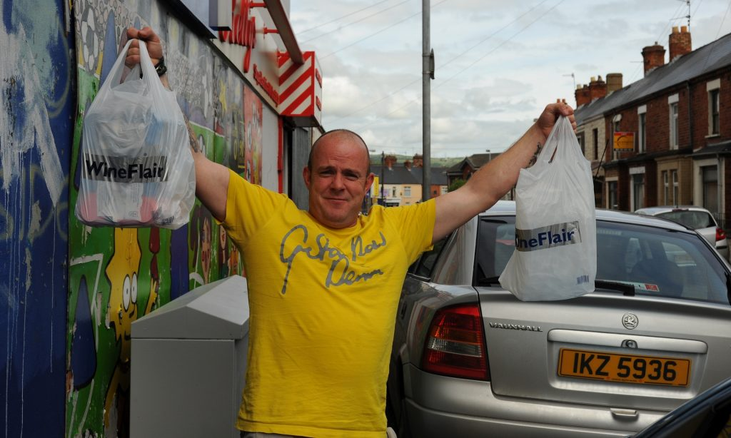 Un allegro abitante di BELFAST, perfetta immagine dell'ottimismo nord-irlandese