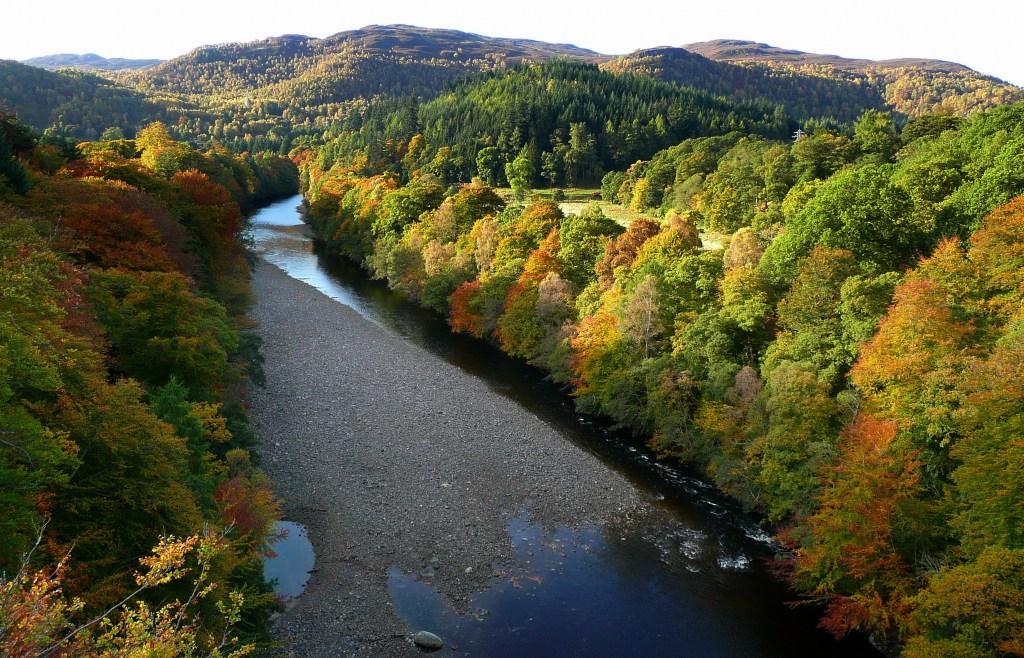 La magnifica vista sui boschi del Pertshire dal GARRY BRIDGE