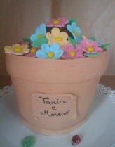 Torta vaso con fiori